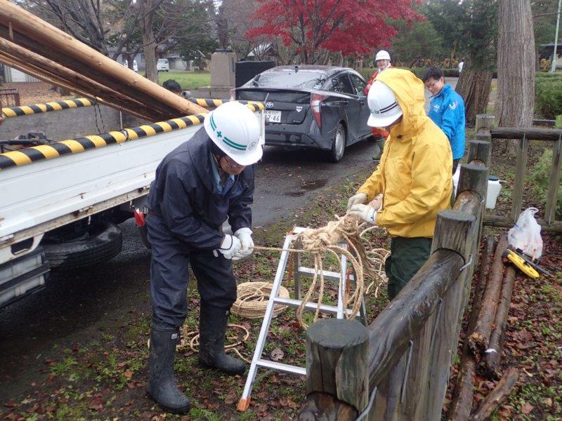 Image of 北海道当別町開拓記念樹イチイへの「協働」での保全作業 7